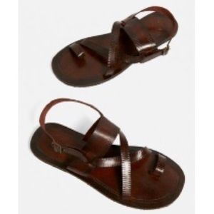 UO Urban Outfit. Leather Buckle Strap Sandals NEW